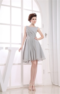 Gorgeous Gray Short Pleated Chiffon A-Line Bateau Bridesmaid Dresses