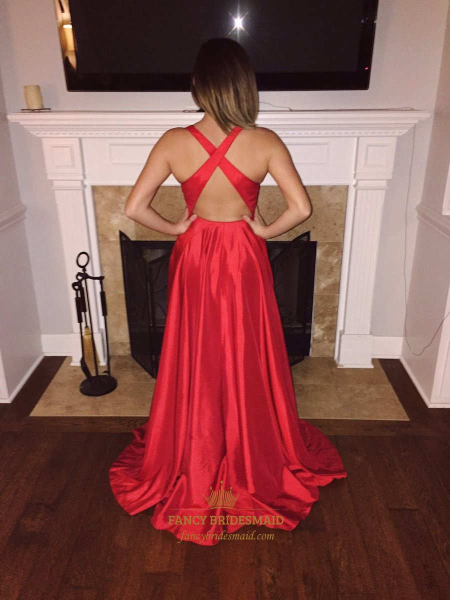 Red V Neck Backless Long Sleeveless Formal Dress With