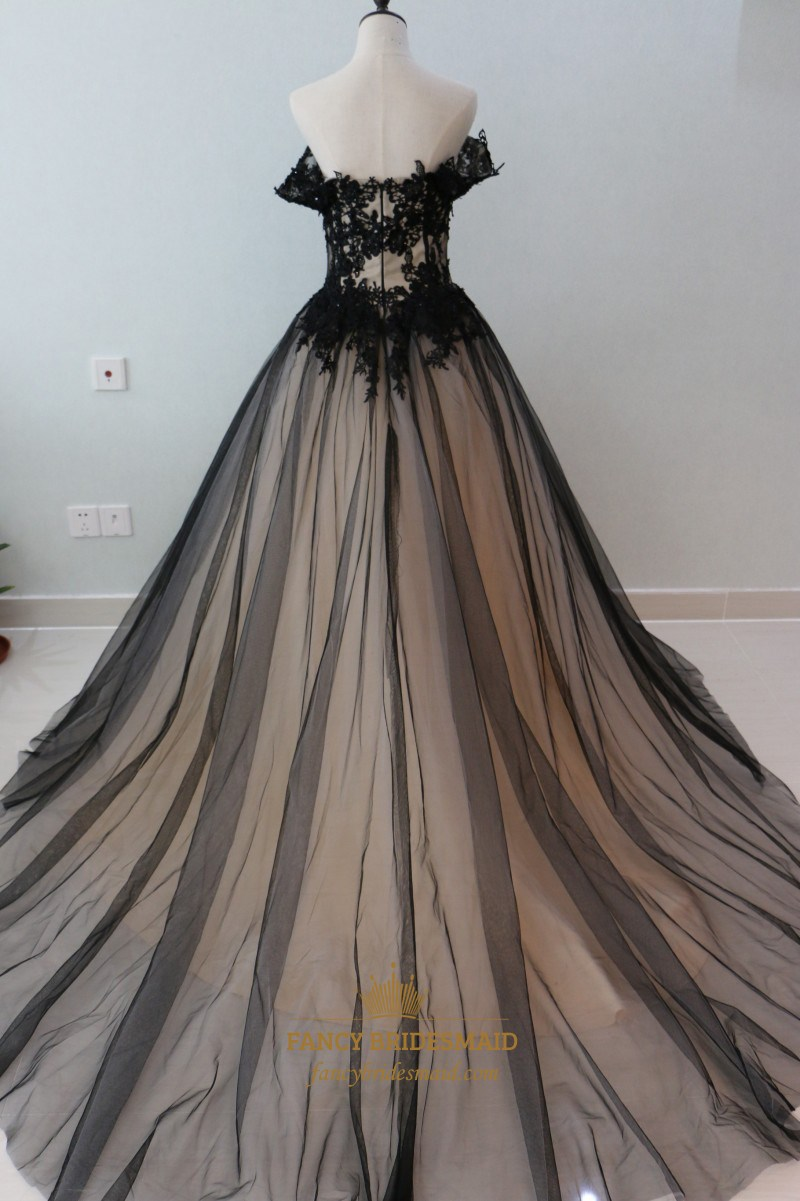 Black Off The Shoulder A Line Tulle Overlay Ball Gown With