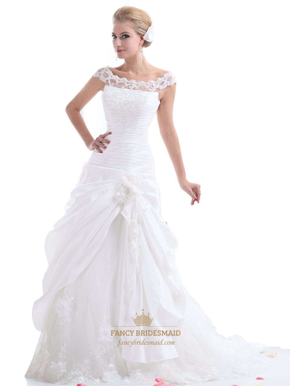 Gemütlich Draped Wedding Dress Galerie - Brautkleider Ideen ...