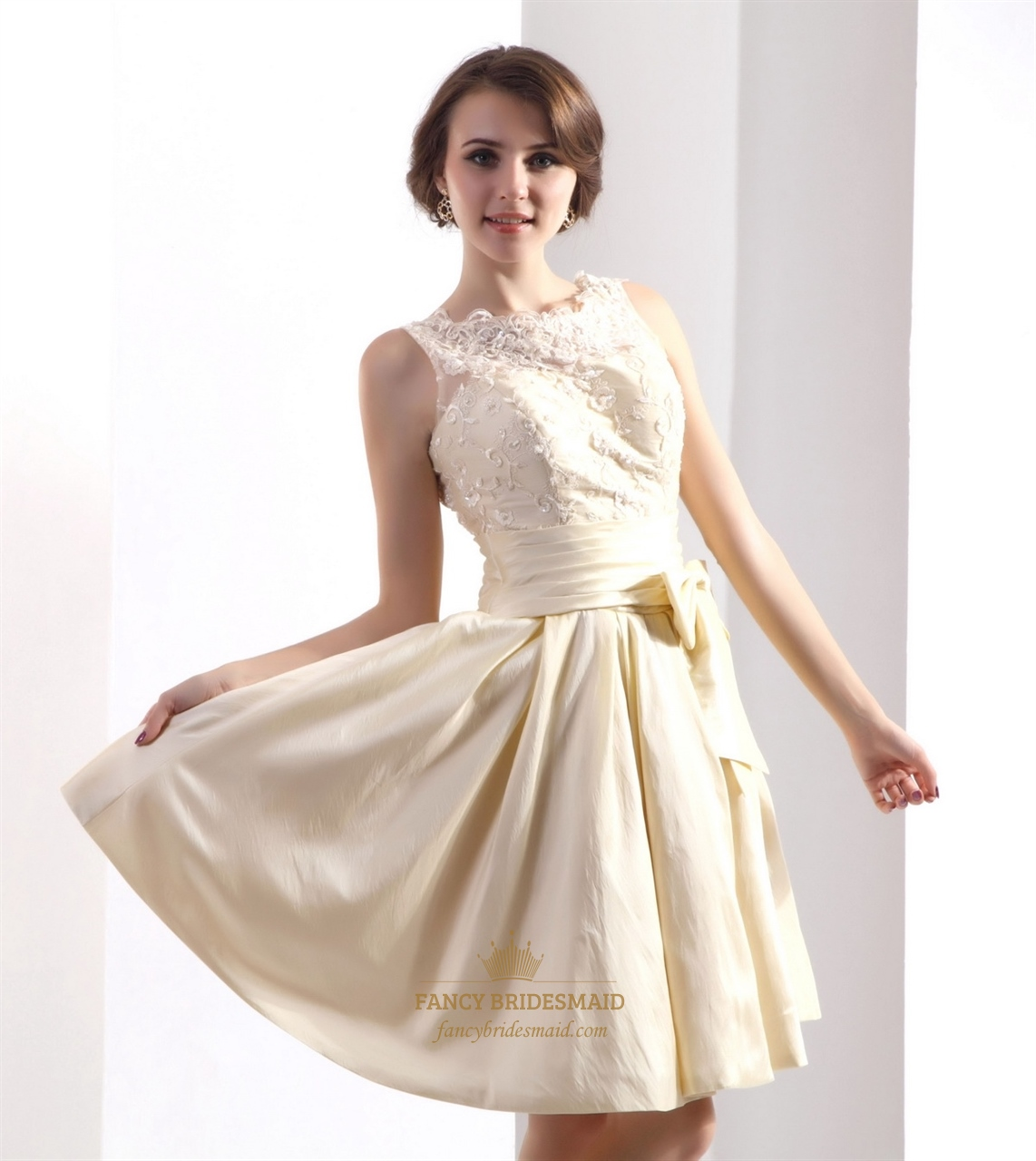 Champagne Bateau Neck Taffeta Home ing Dresses With Lace