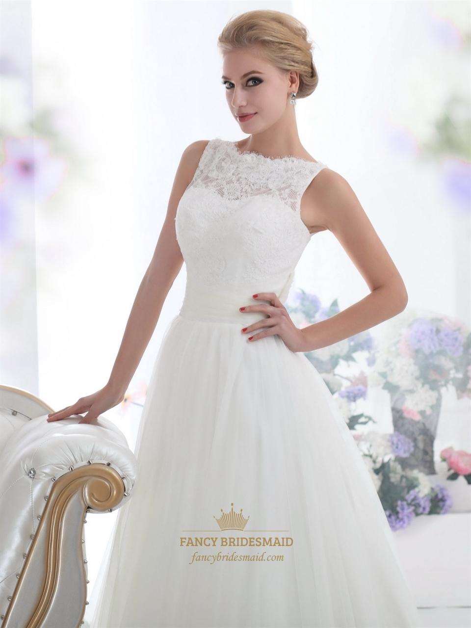 Elegant Ivory Lace Bodice Tulle Skirt Wedding Dress For