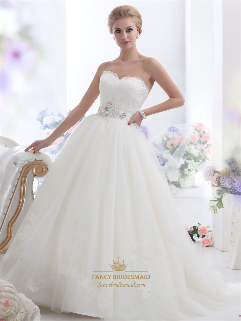 Ivory Lace Bodice Tulle Skirt Wedding Dress With Embellished Waist