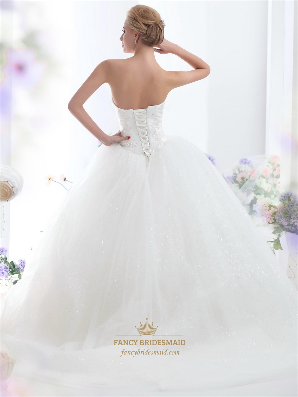 Ivory strapless tulle ball gown sweep train wedding for Tulle halter wedding dress