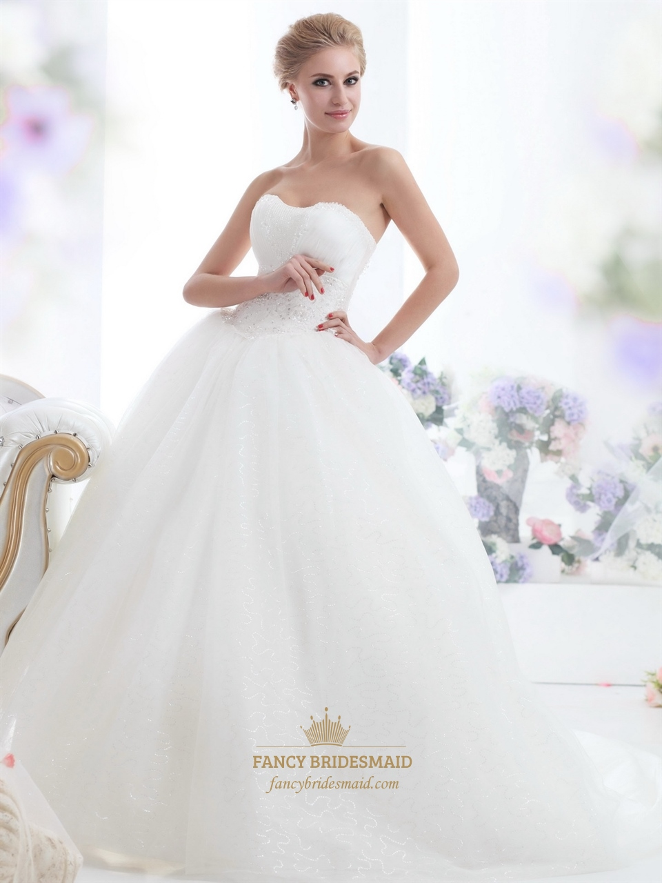 Ivory strapless tulle ball gown sweep train wedding for Big tulle ball gown wedding dress