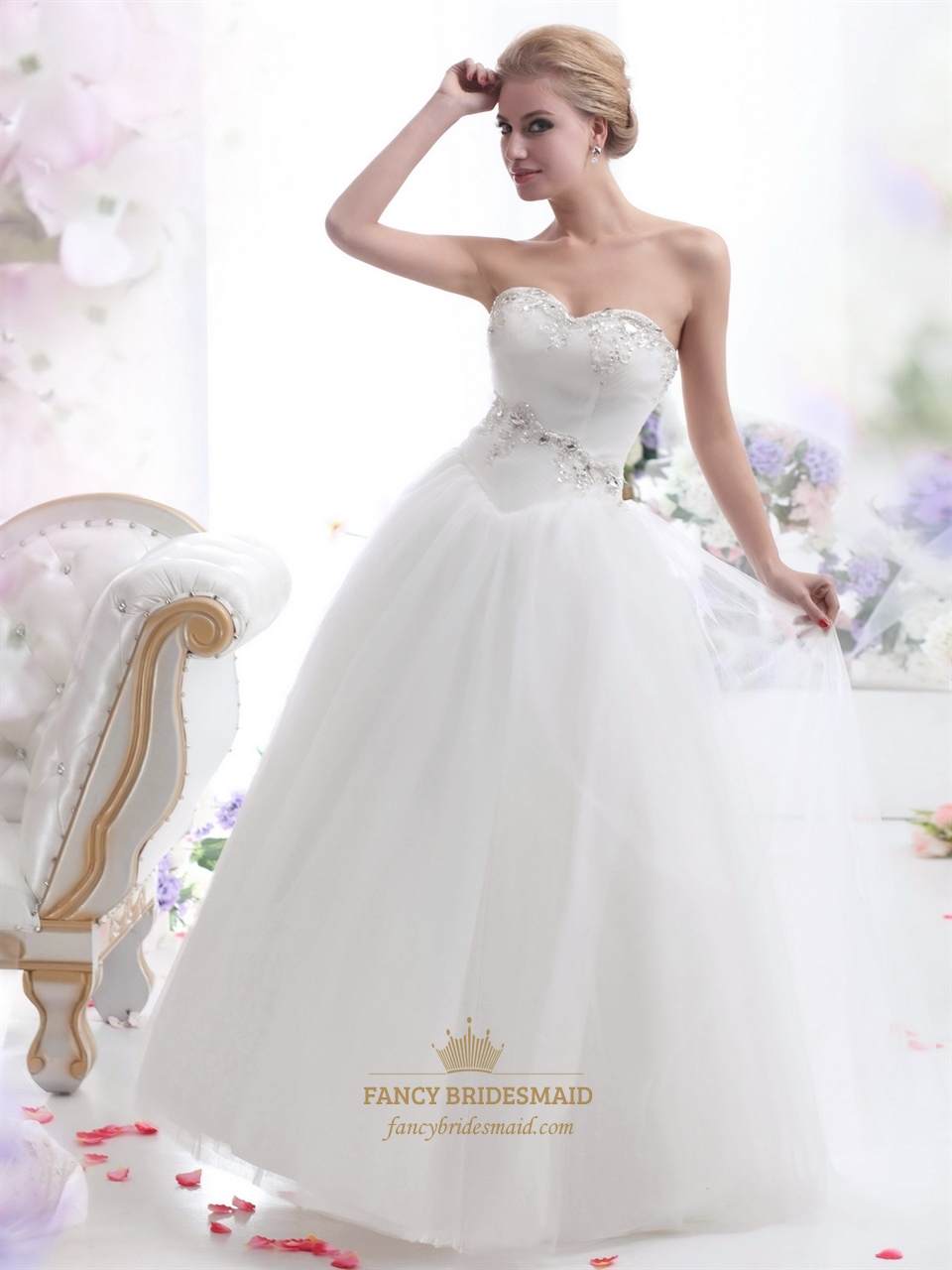 Ivory sweetheart tulle ball gown wedding dress with beaded for Ivory beaded wedding dress