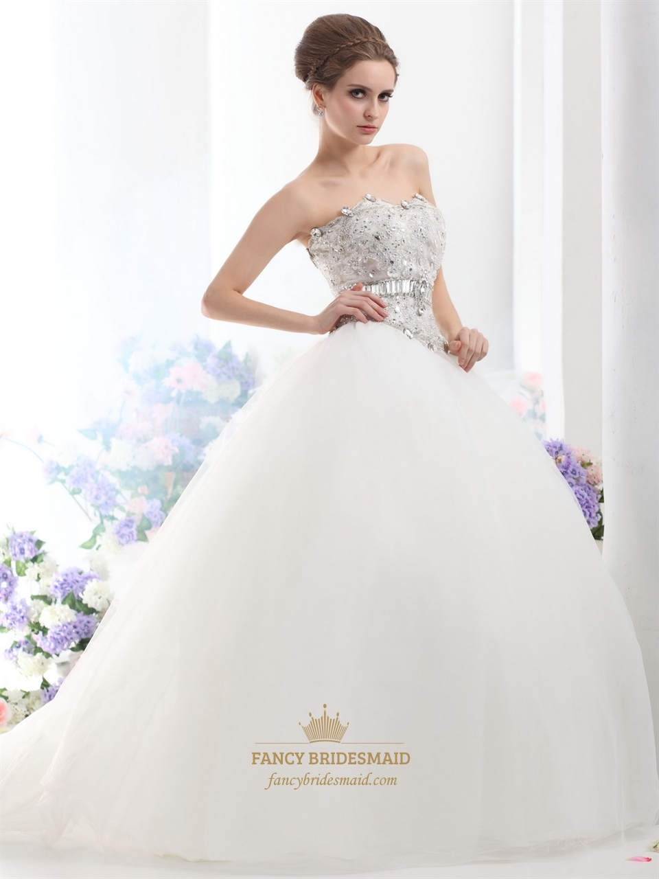 Ivory Strapless Tulle Ball Gown Wedding Dress With