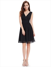 V Neck Sleeveless Knee-Length Ruched Chiffon Cocktail Dress