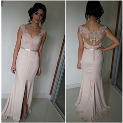 Sleeveless Sweetheart Lace Bodice Long Chiffon Prom Dress With Slits