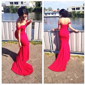 Elegant Red Off The Shoulder Chiffon Sheath Mermaid Bridesmaid Dress