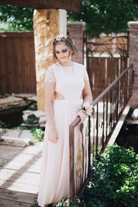 Light Pink Cut Out Waist A-Line Chiffon Bridesmaid Dress With Lace Top