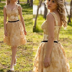 Yellow Sweetheart Lace Short Homecoming Dress With Straps