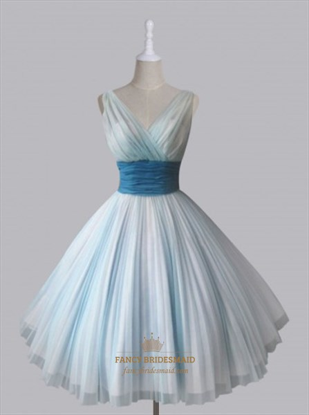 Light Blue Sleeveless V-Neck A-Line Homecoming Dress With Empire Waist