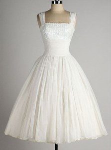Cute White Sleeveless A-Line Knee Length Homecoming Dress With Straps