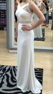Elegant White Sleeveless Chiffon Prom Dress With Ruched Cross Bodice