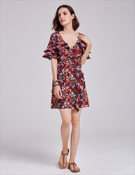 Half Sleeve Floral Plunge V Neck A-Line Cocktail Dress With Ruffles