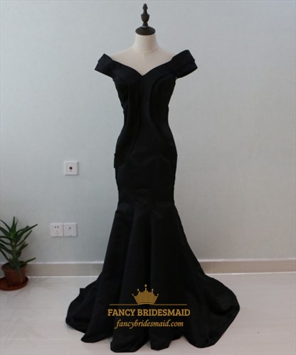 Black Off The Shoulder V Neck Floor Length Mermaid Satin Prom Dress