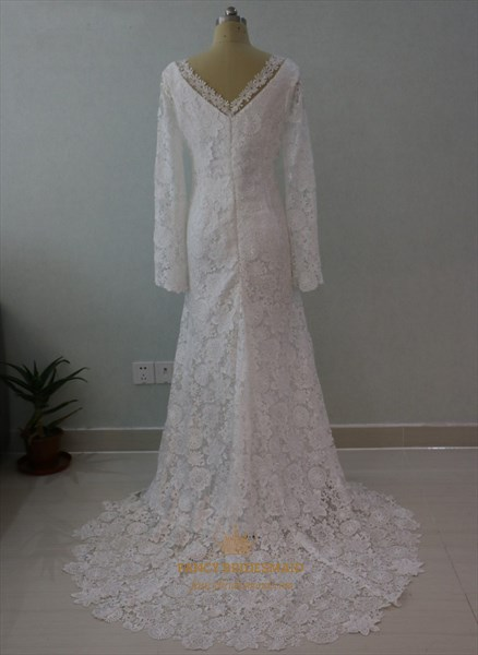 Elegant Long Sleeve V-Neck Lace Floor Length Mermaid Wedding Dress