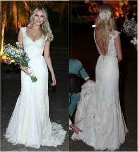 White Sweetheart Cap Sleeve Backless Lace Wedding Dress With Buttons