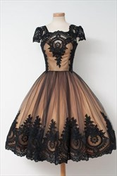 Square Neck Knee Length Tulle Ball Gown Prom Dress With Lace Applique