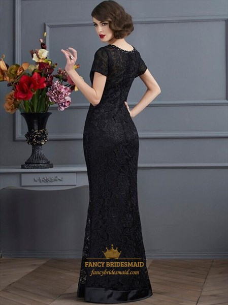 Simple Black Short Sleeve Sheath Lace Prom Dress With Beaded Neckline