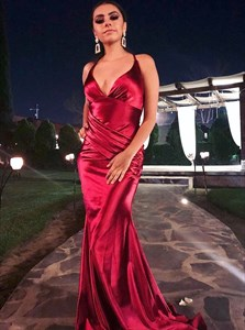Burgundy V-Neck Pleated Mermaid Open Back Long Prom Dress