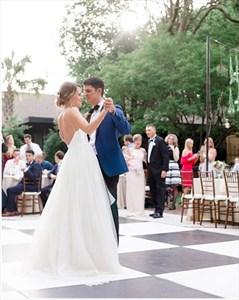 Elegant Ivory V-Neck Spaghetti Straps Backless Beach Wedding Dresses