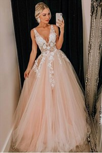Champagne V-Neck Lace Applique Long Tulle Princess Prom Dresses