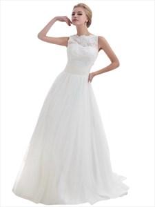 Elegant Ivory Lace Bodice Tulle Skirt Wedding Dress For The Beach
