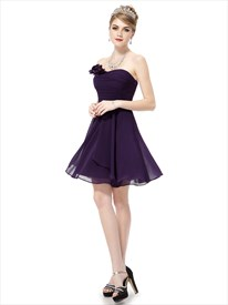 Grape Purple Short Sweetheart Bridesmaid Dresses With Flower Detail