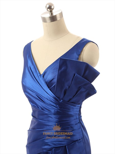Elegant Royal Blue Short Sleeveless Prom Dress With Ruched Waist