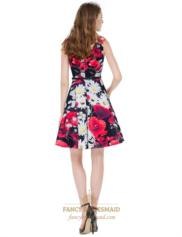 Black Peach Shape Collar Floral Print Sleeveless Fit And